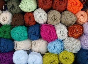 "<img src=""wool.jpg"" alt=""ayurveda cold natural"""